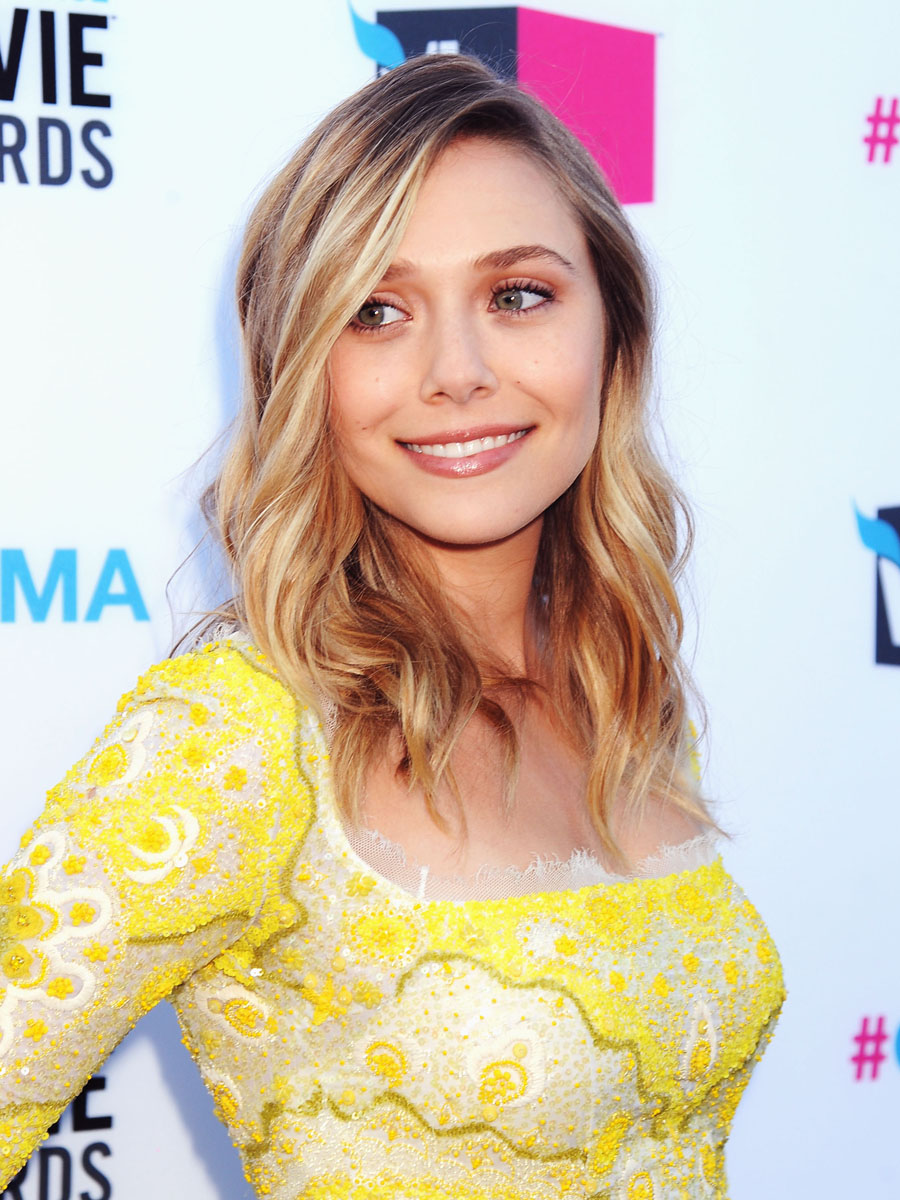 Elizabeth Olsen is still way hotter than her sisters