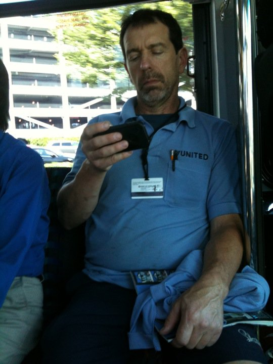 Hugh Laurie's doppleganger works for United Airlines